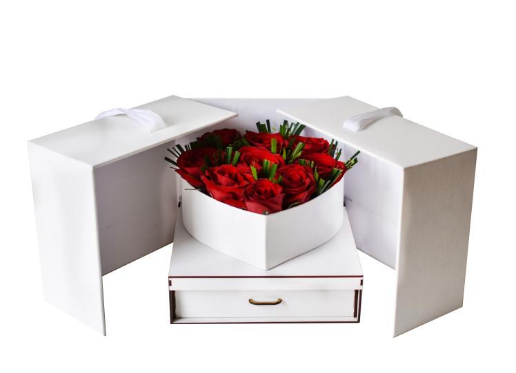 خرید و قیمت باکس گل نشاط سفارش باکس گل رز قرمز ارسال رایگان باکس گل قیمت باکس گل رز باکس رز ارزان گل ایرانی گلفروشی
