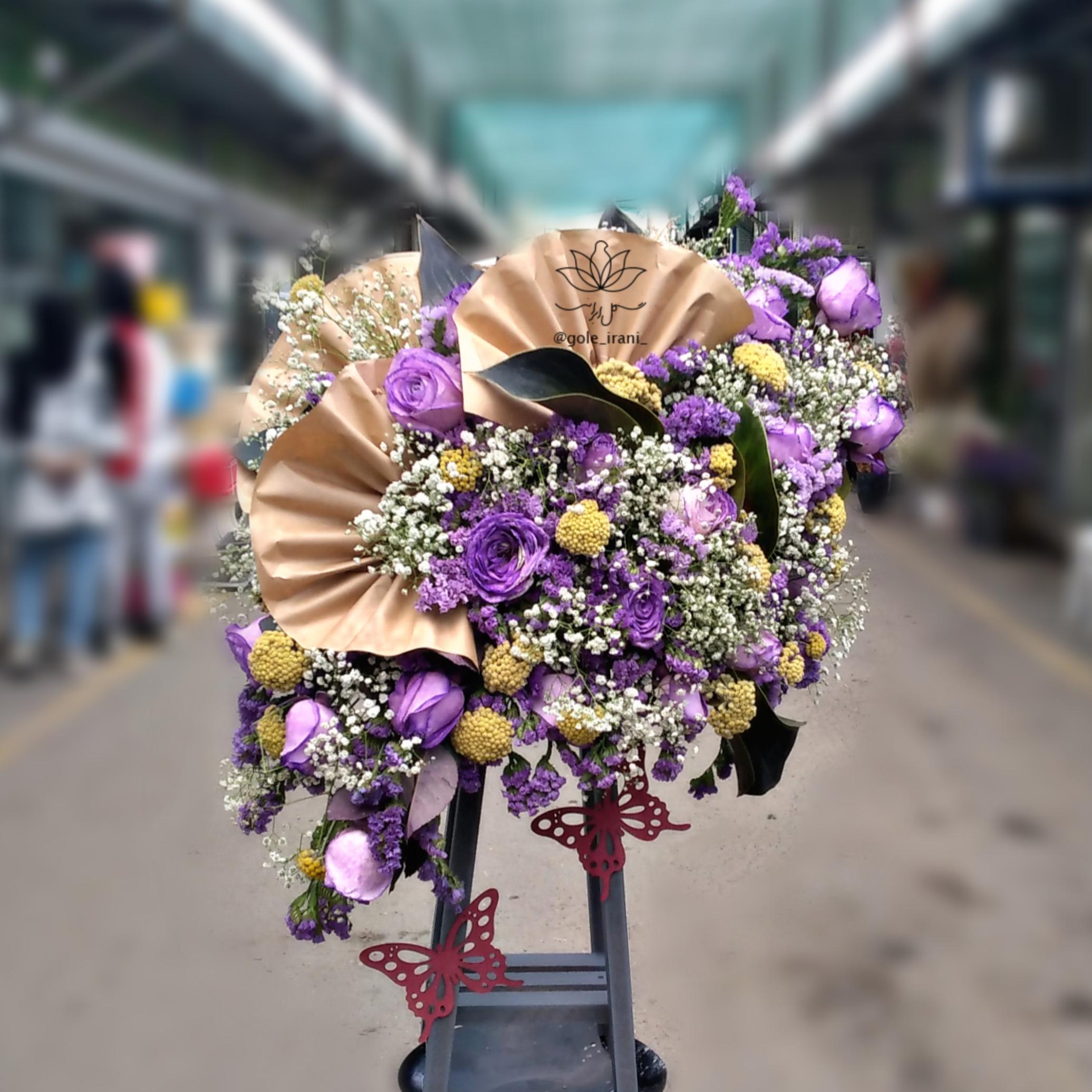 خرید و قیمت باکس گل رخسار سفارش باکس گل از بازار آنلاین گل ایرانی باکس گل ارزان باکس گل تولد