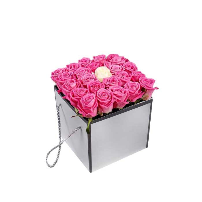 خرید و قیمت باکس گل دلنواز سفارش باکس گل دلنواز گل ایرانی خرید باکس گل رز صورتی باکس گل رز صورتی قیمت رز صورتی