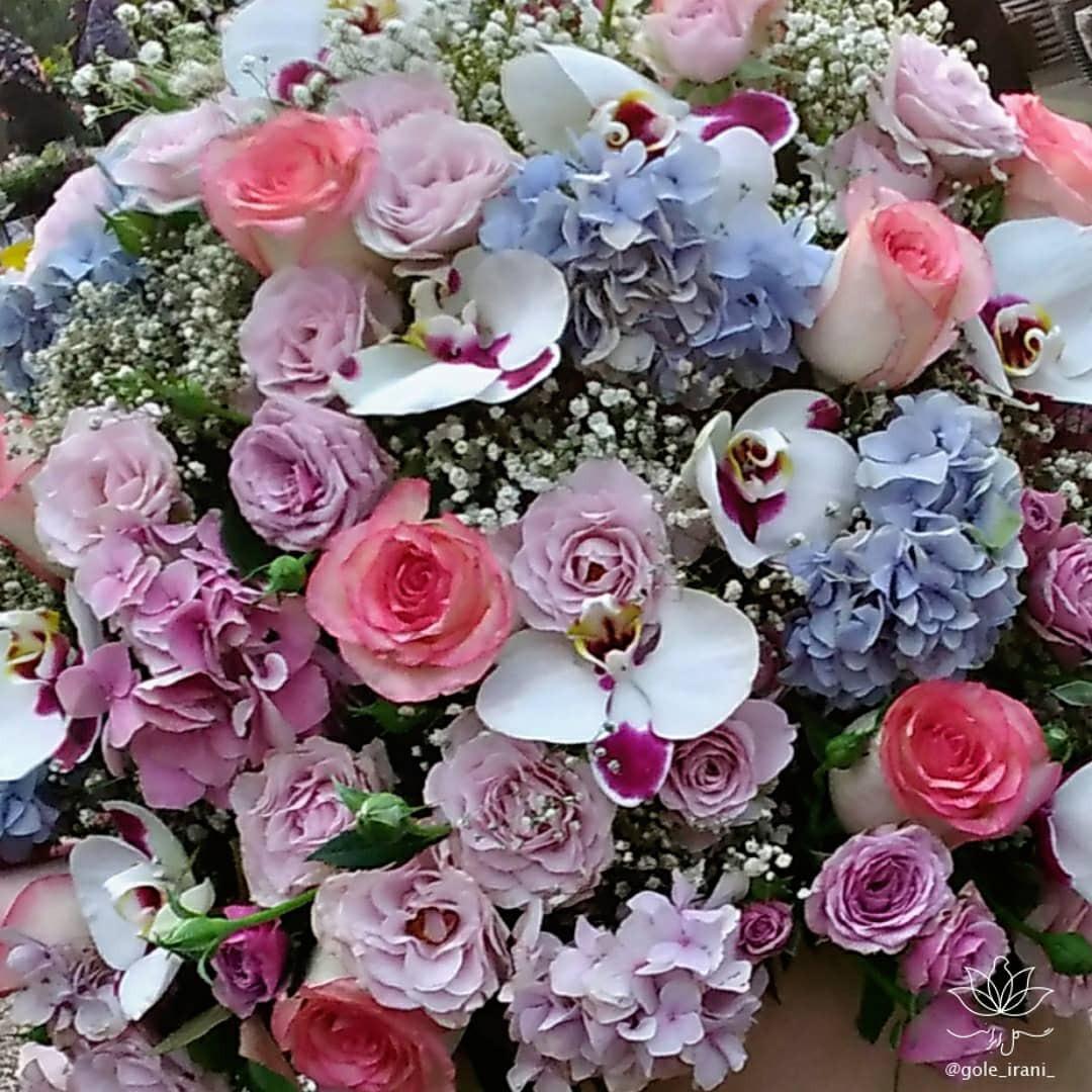 بازار آنلاین گل ایرانی خرید باکس گل برای تولد سورپرایز سالگرد ازدواج تولد عاشقانه سفارش اینترنتی باکس گل