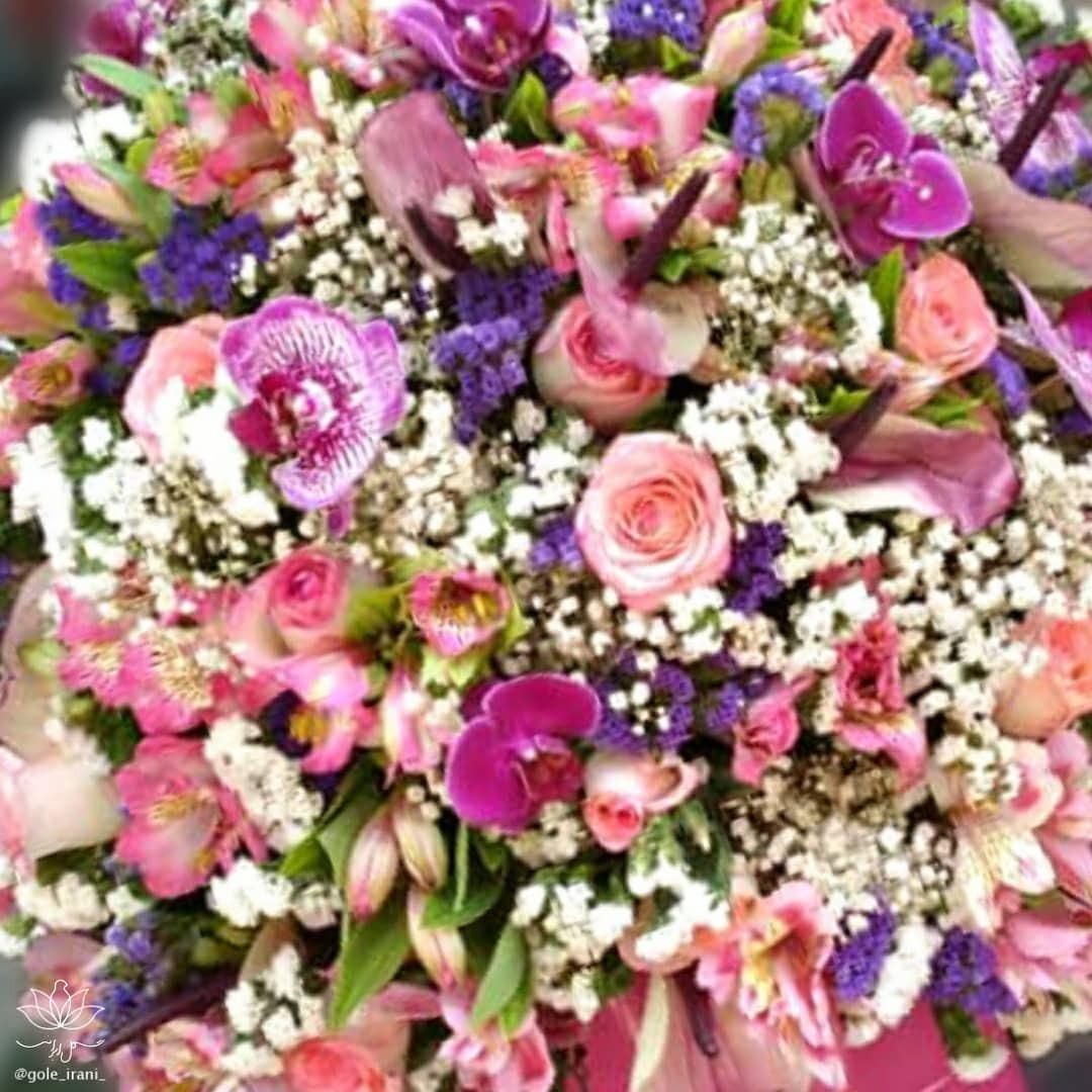 گل ایرانی باکس گل تولد باکس گل رایگان سالگرد ازدواج روز مادر هدیه لاکچری