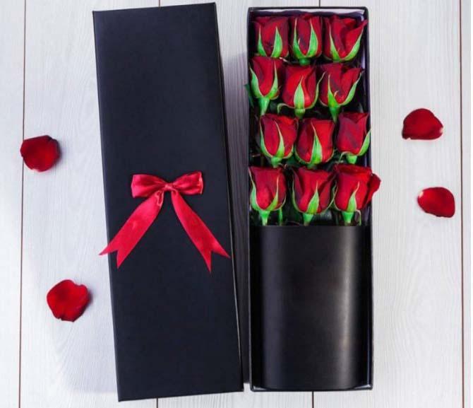 خرید و قیمت باکس گل وصال سفارش باکس گل رز گل ایرانی قیمت رز قرمز سفارش باکس گل خاص باکس گل تولد سورپرایز تولد خاص