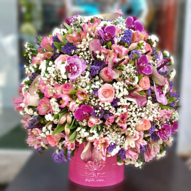 خرید و قیمت باکس گل زمزمه عشق باکس گل ارزان خرید باکس گل شیک باکس گل صورتی باکس گل دخترانه