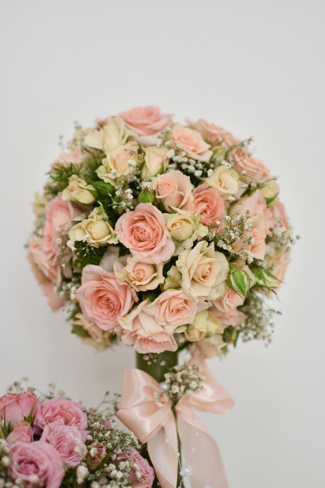گل ایرانی بله برون تشریفات خواستگاری قیمت گلدان گل گرد گوی گل خرید بله برون خلعتی