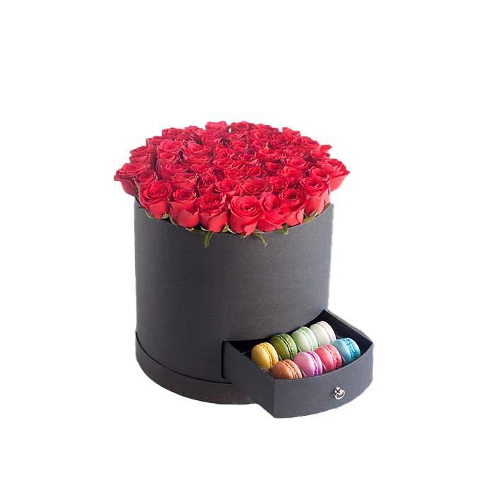 خرید و قیمت باکس گل و ماکارون ساغر سفارش باکس گل رز و ماکارون قیمت ماکارون باکس گل رز ارزان گل ایرانی سورپرایز تولد